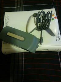 Xbox 360 with harddrive Chicago, 60613