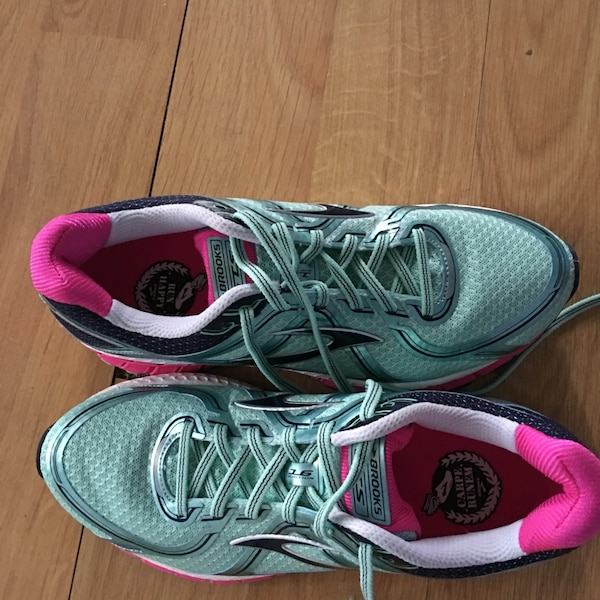 info for 18095 456f0 Brooks Running Shoes