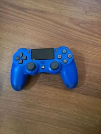 Ps4 controller.