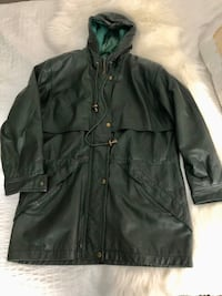 FOREST GREEN REAL LEATHER WINTER COAT - MANTEAU HIVER VRAI CUIR VERT FORET SIZE 8-10 Laval, H7P 1Z7