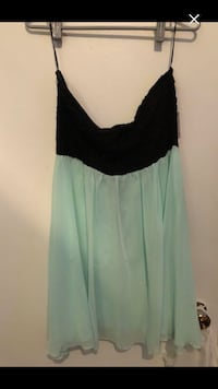 Woman Brand new dress size xl worth 32$ Montréal, H4E 3T3