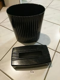 Black Plastic Garbage with Matching Tissue Box Mississauga, L5M 4S9
