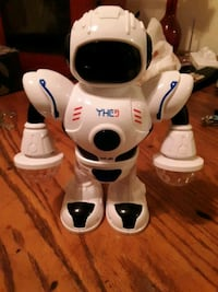 2019 new kids electronic smart space dancing robot with music flashing