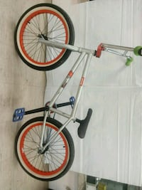 Boys. 20 inch gray and red BMX fitbike bike Baton Rouge, 70815