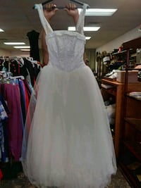 New Bridal Dress size 4 Bethany, 73008