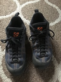 5.10 guide tennies  approach shoes  Bend, 97703