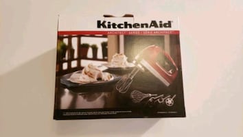 [Must-be-Gone by December 14th] KitchenAid Hand Mixer
