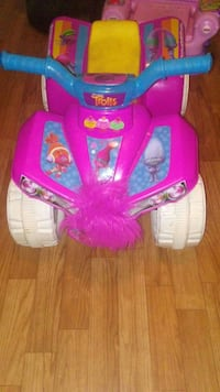Trolls Toddler Powerwheel 234 mi
