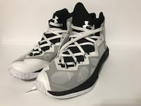 Under armor shoes Los Angeles, 91402