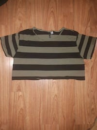 DIVIDED by H&M Crop top size 8 Toronto, M5A 2N8