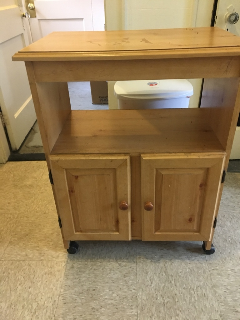 Letgo Small Rolling Kitchen Island In Manchester Nh