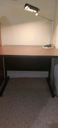 Computer table for sale  Herndon, 20171