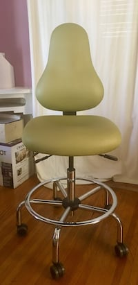Professional Drafting Chair  (Model: OFFICEMASTER DB52 worth $600) Los Angeles, 90019