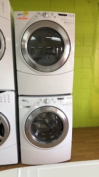 White Whirlpool Washer and Dryer Set Woodbridge, 22191