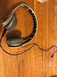 black and gray corded headphones Cleveland, 44109