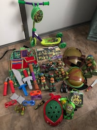 TMNT action figure, toy, and weapon collection