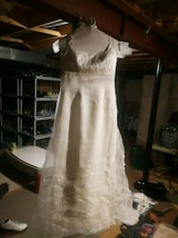 Adele Wechsler wedding dress Oakville, L6J 5X3