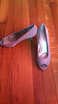 Pair of silver glittered peep toe heeled shoes Leominster, 01453