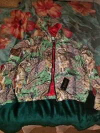 Gucci jacket new with tags  Vancouver, V6C 1Z6