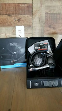 New Sennheiser gaming headphones  Perth Amboy, 08861
