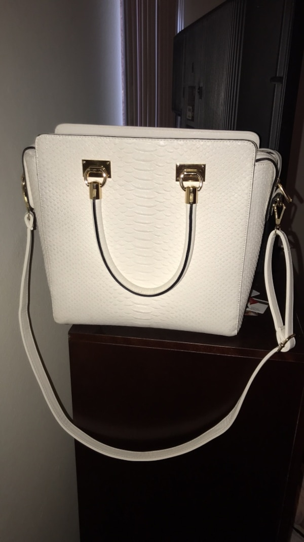 5b2ab1b008 Used white Michael Kors leather 2-way handbag for sale in San Leandro