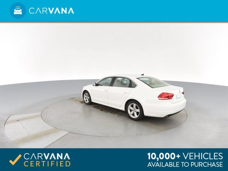 2013 VW Volkswagen Passat sedan 2.5L SE Sedan 4D White <br /> 7