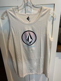 Volcom men's size large