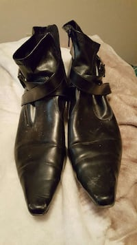black leather pointed toe booties Saskatoon, S7L 5A7