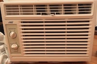 A/C like new , all accessories included Rutherford, 07070
