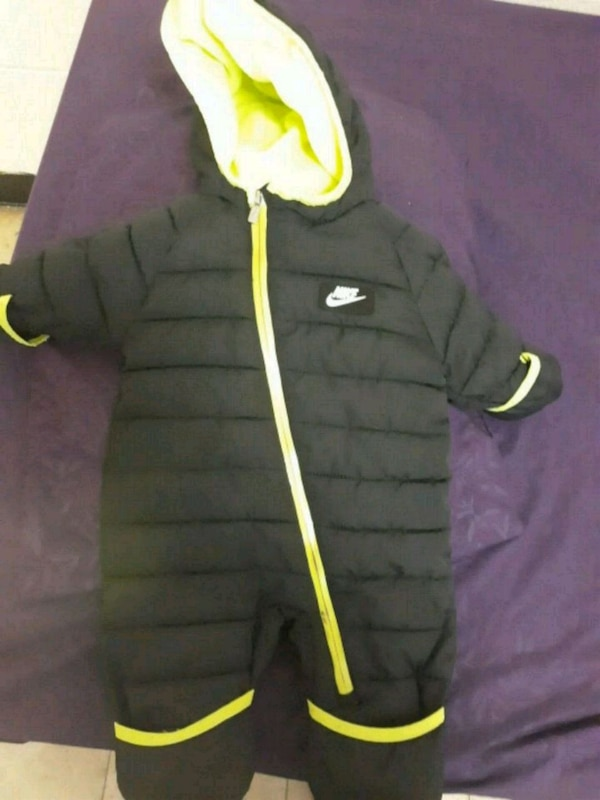 d327cad78cb764 Used snow suit for sale in The Bronx - letgo