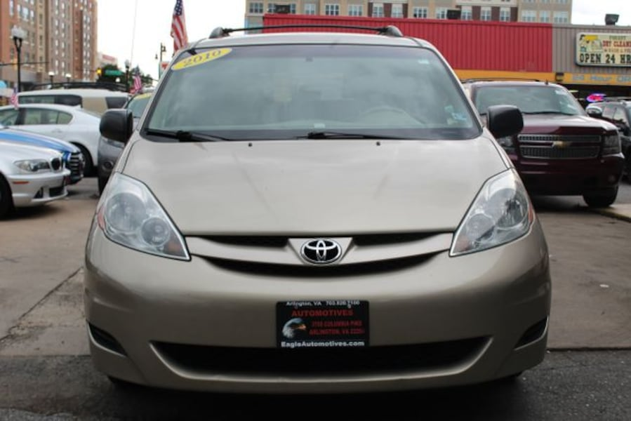 Used 2010 Toyota Sienna for sale fa48a127-1a08-45a7-9998-b1001541c7cf