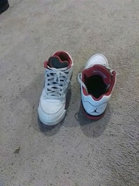 pair of white-and-red Nike basketball shoes Smyrna, 30082