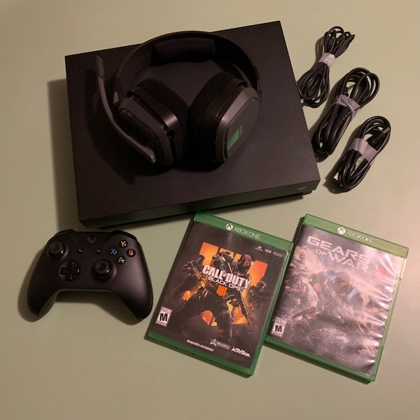 Xbox One X 1TB Console - Black Ops 4 + Gears of War 4 Bundle