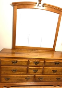 Brown wooden dresser with mirror Brossard, J4Y 2J6