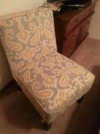 white and gray floral padded chair Minneapolis, 55420