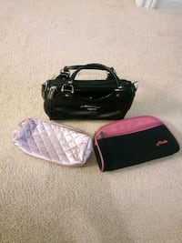 1 Small purse and 2 pencil cases. Brampton, L7A 0A8