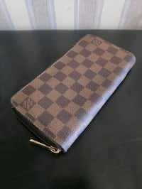 "Authentic ""Louis Vuitton"" Wallet"