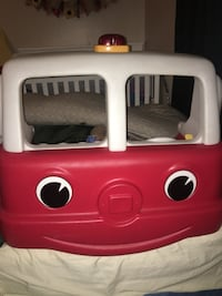Step 2 Fire Engine Toddler Bed Hemet, 92544