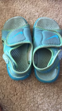 Baby and toddler sandals  Ankeny, 50023