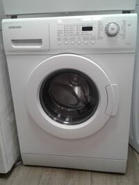 """WASHER SAMSUNG WHITE 24"""" front load"""