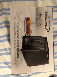 2 Brand New Toaster Sealed Richmond Hill, L4C 5N7