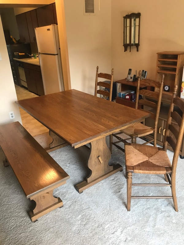 Dining Table3 Chairs & Bench