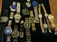 assorted analog watches with link bracelets Elwood, 46036