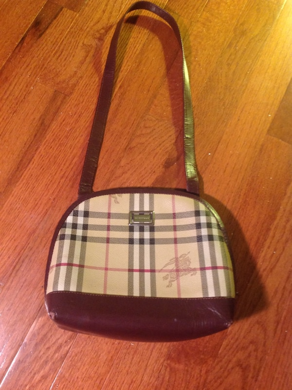 6bdebfdee639 Used Beige burberry sling bag for sale in Pickering - letgo