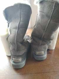 Womens Real Ugg boots Size 7