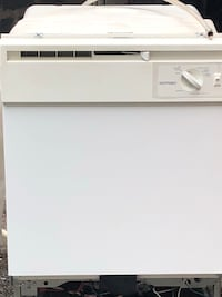 white front-load clothes washer Wilmington, 19802