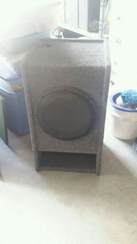 12 in subwoofer and box Kannapolis, 28081