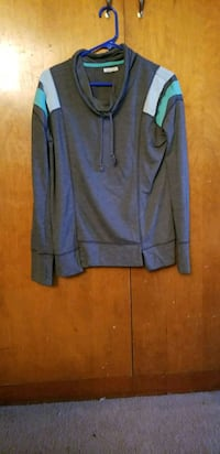maurice's long sleeve size med worn like 3 times  Keizer, 97303