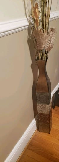 Floor vase decor