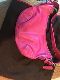 Coach leather hobo bag-hot pink. Perfect condition.  Louisville, 40243